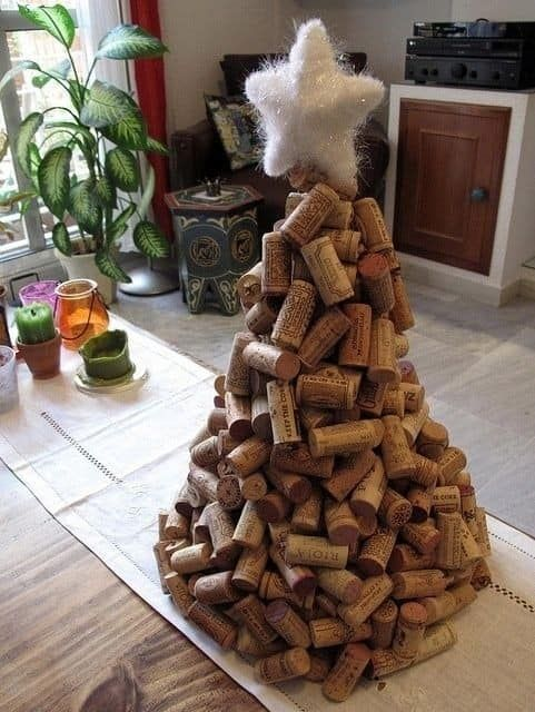 christmas crafts with corks 5