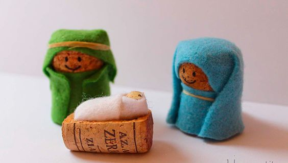 christmas crafts with corks 8