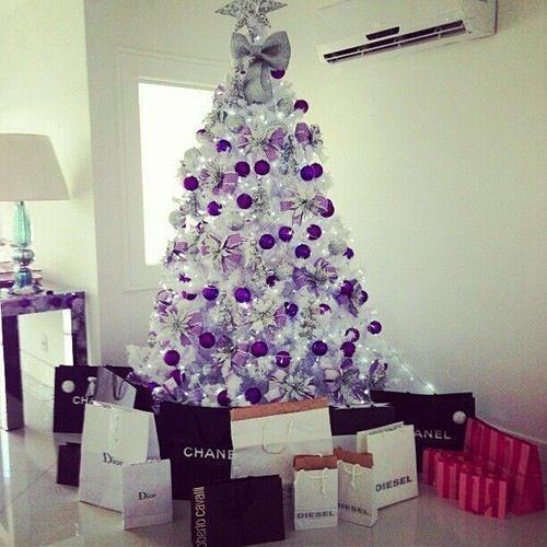 decorate white christmas trees 4
