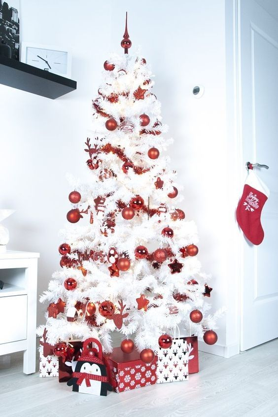 decorate white christmas trees red