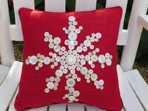 diy christmas pillow ideas 10
