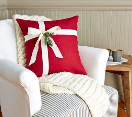 diy christmas pillow ideas 2
