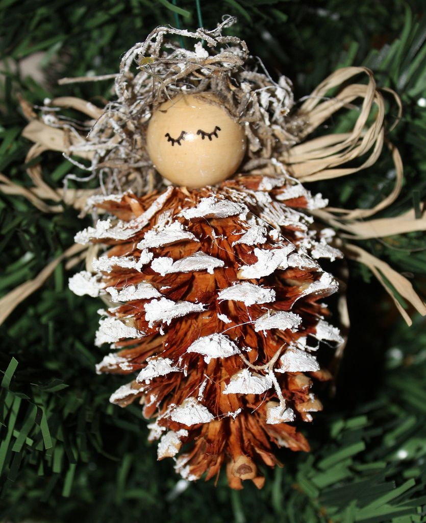pine cones christmas ideas 14