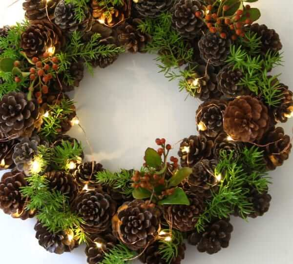 pine cones christmas ideas 15