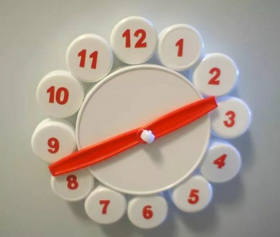 recycled material clock ideas 8