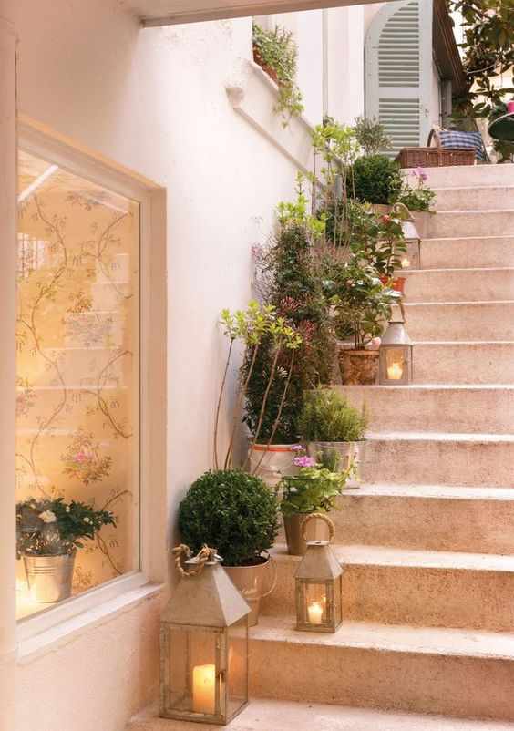 stair decorating ideas 7