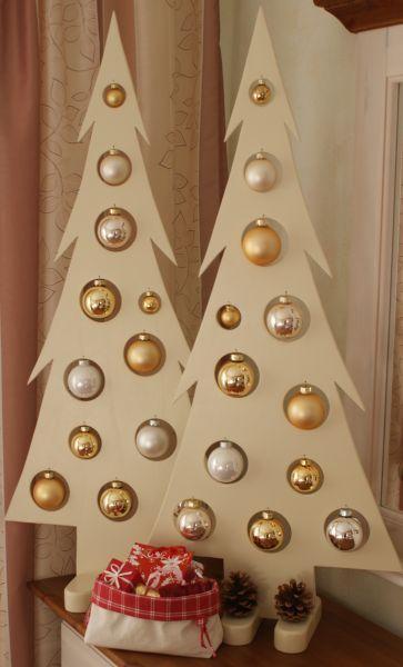 wooden christmas tree 13