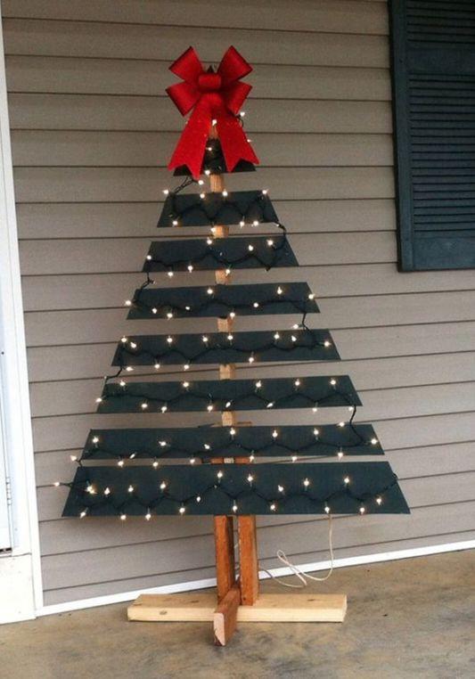 wooden christmas tree 19